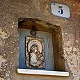 Side-street Madonna in Castiglione del Lago