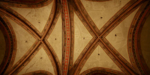 Bargello ceiling
