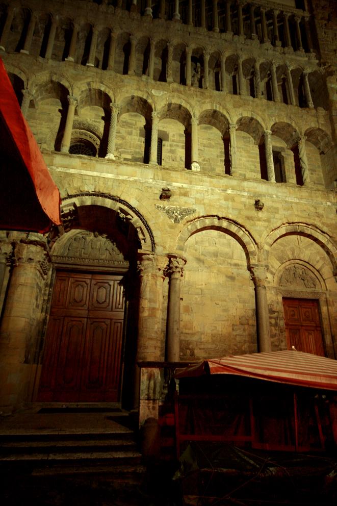 Arezzo at night2